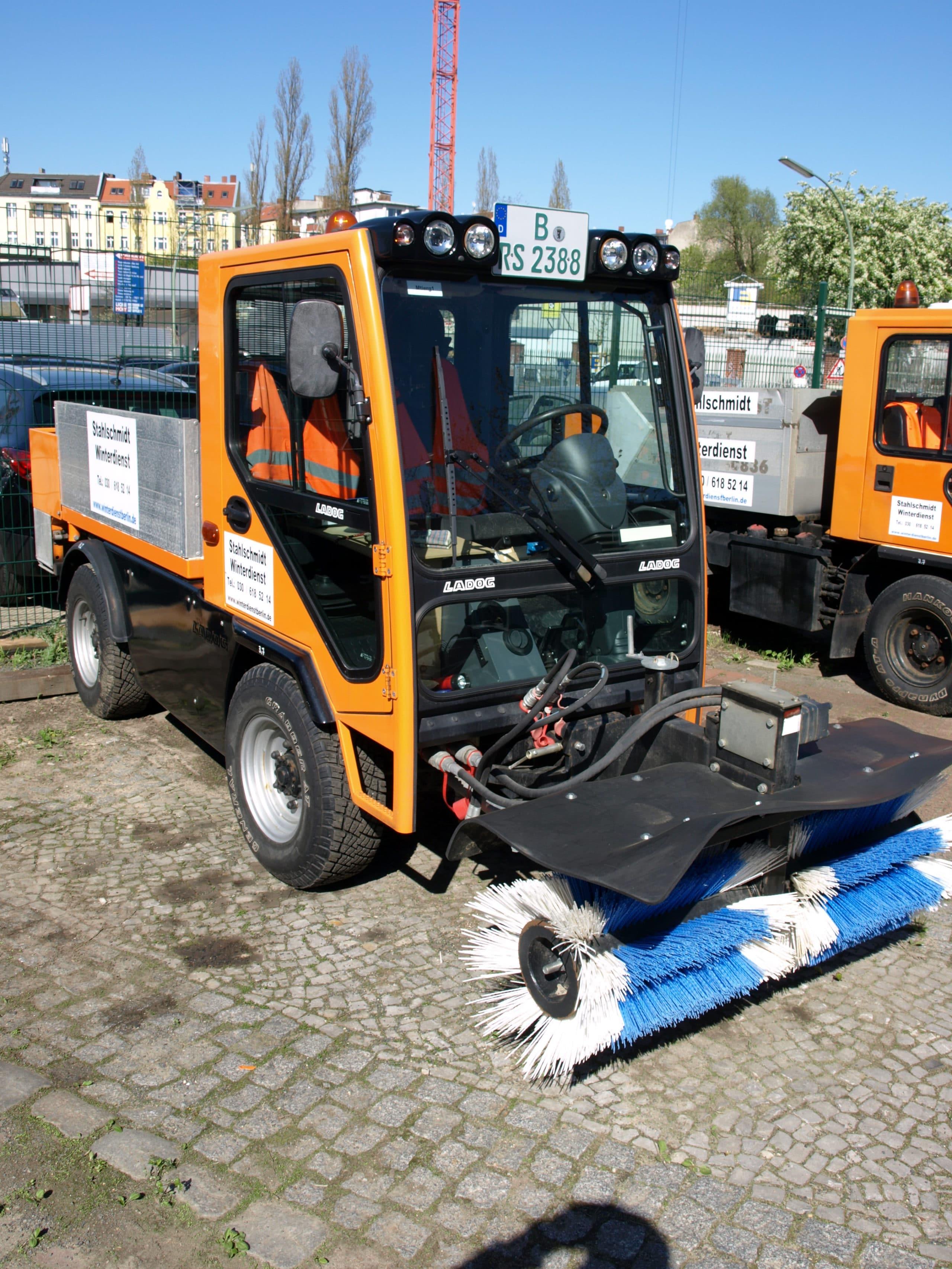 Ladog selbstfahrende Arbeitsmaschine